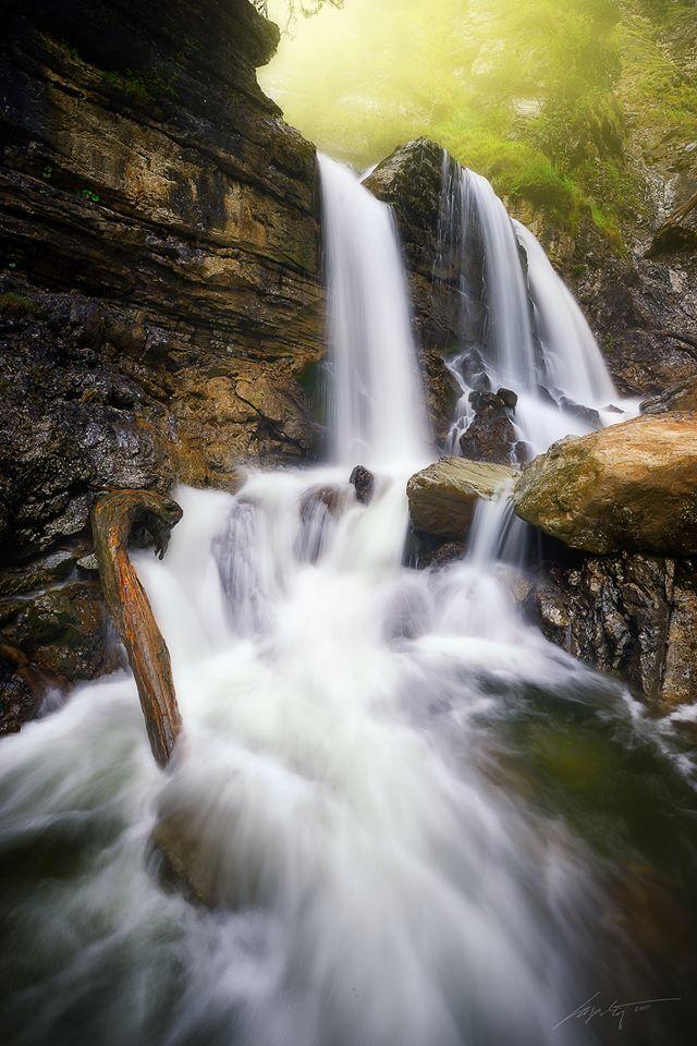 --Cascades--