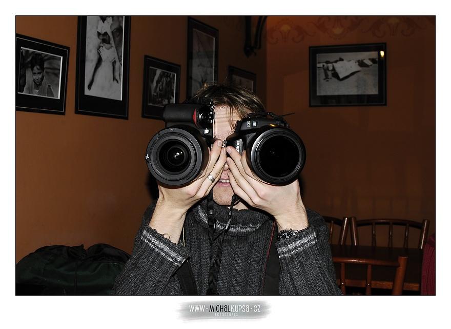 Brejlovec fotografický (Brejlus photographicus)