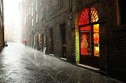 D隝 v Sieně